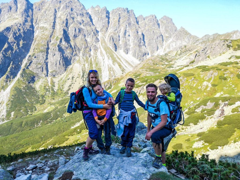 Zdobywamy Rysy z dziećmi od słowackiej strony